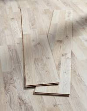 Charger l'image dans la galerie, Autumn Oak Angle Click Laminated Flooring 6mm