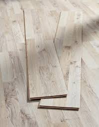 Autumn Oak Angle Click Laminated Flooring 6mm