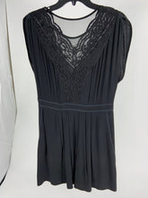 Load image into Gallery viewer, Rebecca Taylor Black Crepe Lace Dress