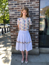 Load image into Gallery viewer, Ewai Walla Floral and White Skirt