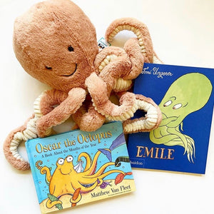 Oscar the Octopus: A Book About the Months of the Year by Matthew Van Fleet