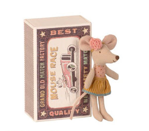 Little Sister Mouse In Box (Mouse Race C)
