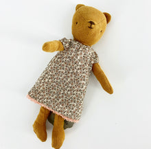 Load image into Gallery viewer, Nightgown for Teddy Mum