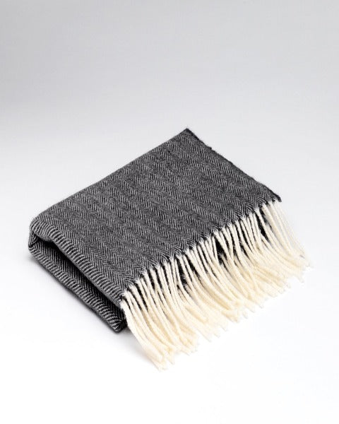 McNutt Cashmere Wrap Dark Grey