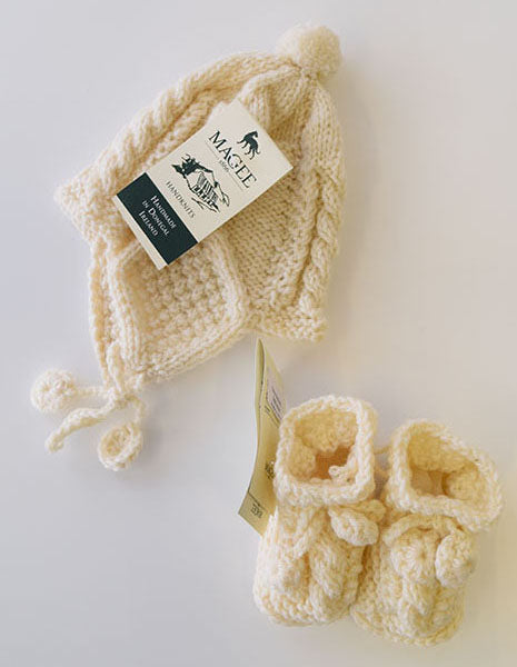 Aran Hand-knitted baby booties and helmet set 0-6 months