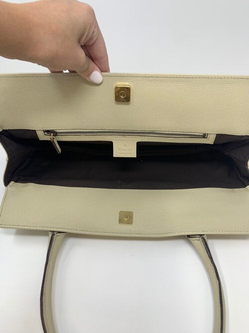 Gucci Horsebit Shoulder Bag