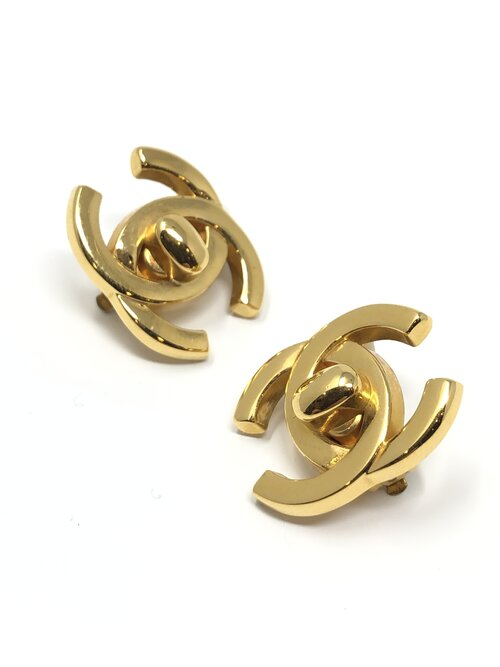 Vintage Chanel Turnlock Clip-on Earrings