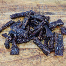 Load image into Gallery viewer, Black Pepper Wagyu Beef Jerky