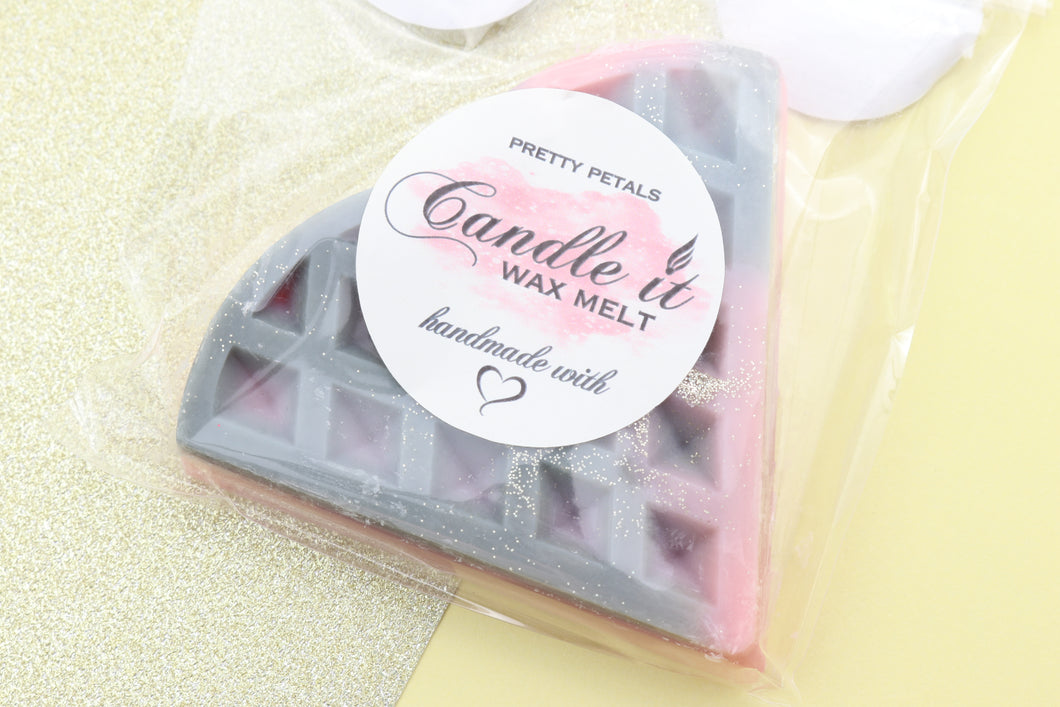 Pretty Petals - Candle.It.UK
