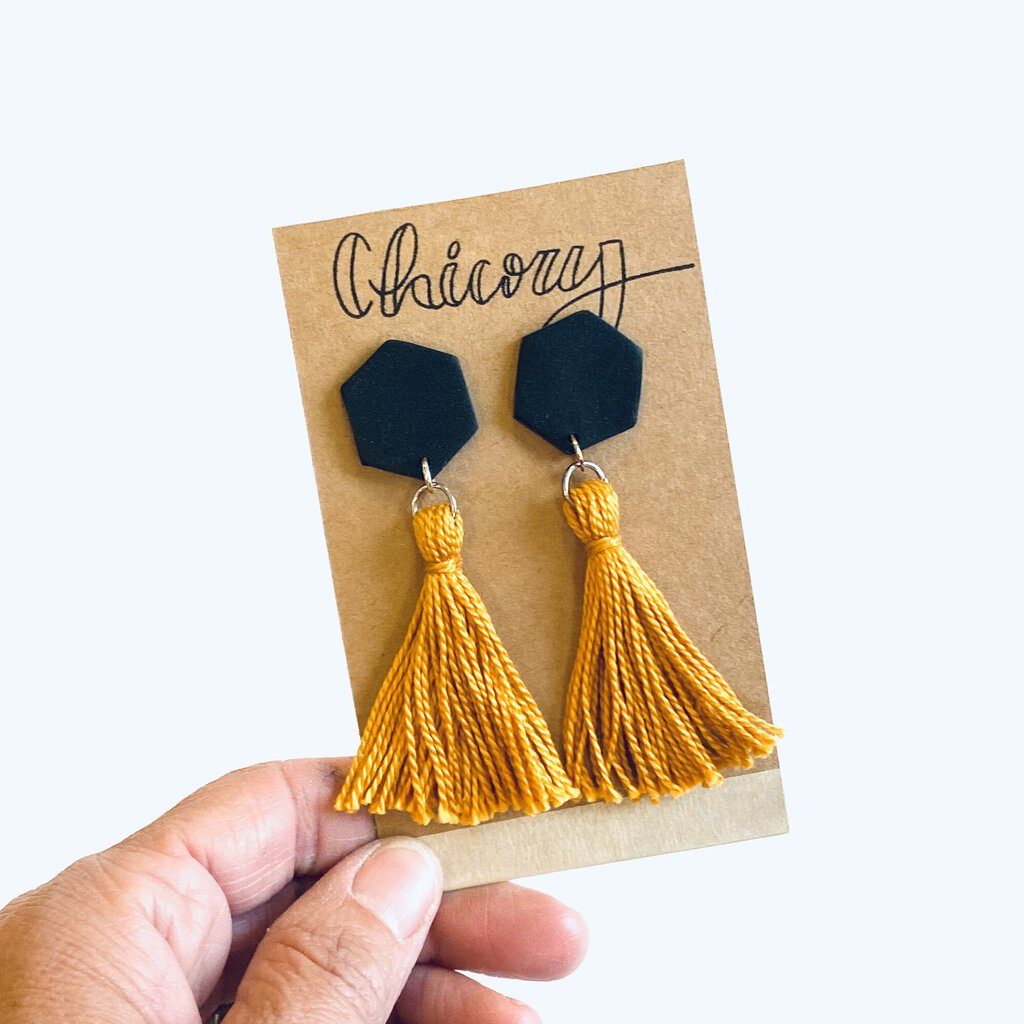 Chicory Hexagon Tassel Earrings Black & Gold