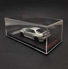 Load image into Gallery viewer, Ignition Model 1:64 Nismo Miniature Car R34 GT-R Z-tune Silver