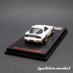 Ignition Model 1:64 Rocket Bunny RX-7 White (FD3S)