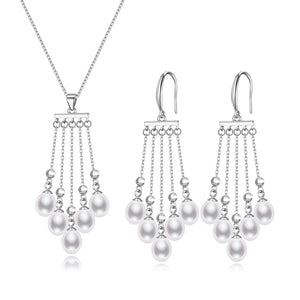 Raining Days Pearl Earrings & Necklace Set