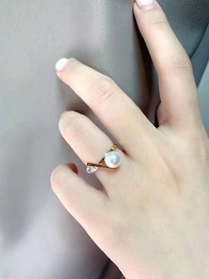 G14K XOXO Freshwater Pearl Ring - Timeless Pearl