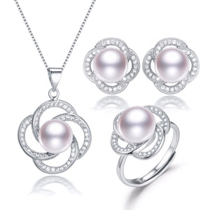 Lucky Flower Pearl Three Piece Gift Set