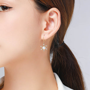 Sparkling Snowflakes Pearl Earrings