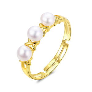 XOXO Golden Pearl Ring