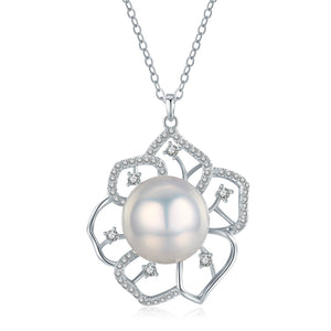 Grace Edison Pearl Necklace