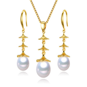 Ripples Pearl Earrings & Necklace Gift Set