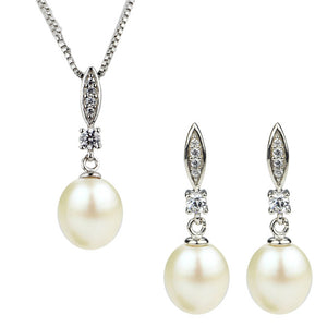 Ever After Pearl Earrings & Necklace Gift Set
