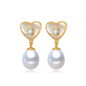 Hearts of Splendor Pearl Studs Earrings