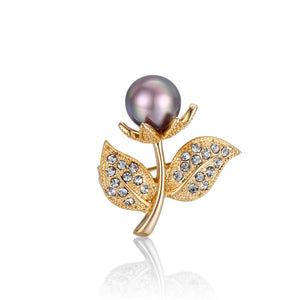 Ready to Bloom Edison Pearl Brooch
