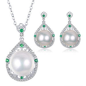 Katherine Edison Pearl Earrings & Necklace Set