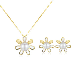 Llittle Daisy Edison Pearl Necklace & Earrings Gift Set