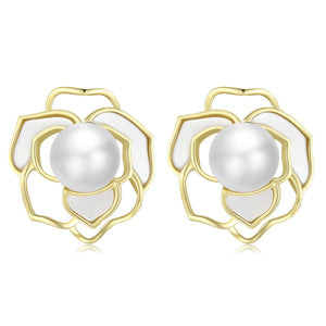 Blooming Flower Edion Pearl Earrings & Necklace Set