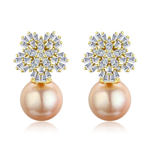 SNOWFLAKE QUEEN GOLDEN EDISON PEARL EARRINGS