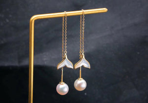 G18k The Mermaid Whale Tail Pearl Earrings