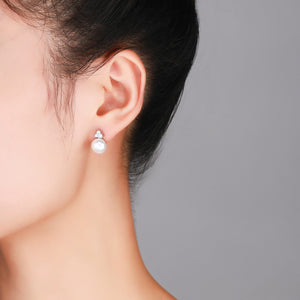 Trinity White Earrings - Timeless Pearl