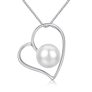 Center of Heart Pearl Necklace - Timeless Pearl