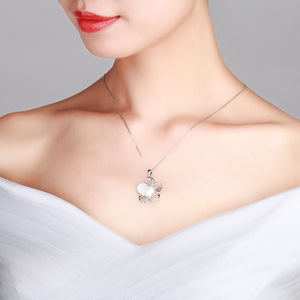 Glitter Flower Pearl Necklace - Timeless Pearl