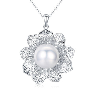 Winter Flower Pearl Necklace - Timeless Pearl