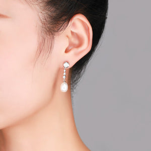 Waterdrops Pearl Earrings - Timeless Pearl