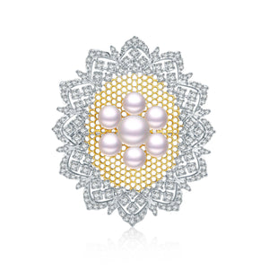 Magical Mirror Pearl Brooch - Timeless Pearl