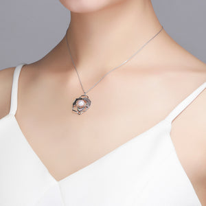 Blooming Flower Pearl Necklace - Timeless Pearl