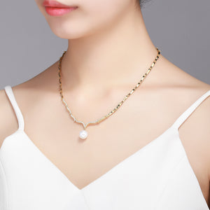 Gull Wing Pearl Necklace - Timeless Pearl