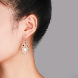 Center of the Universe Pearl Earrings - Timeless Pearl