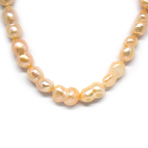 Peanut Pearl Necklace - Timeless Pearl