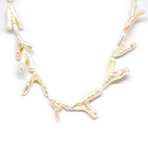 Claw Pearl Necklace - Timeless Pearl
