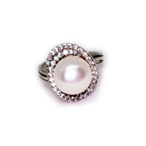 Encircled Pearl Ring - Timeless Pearl
