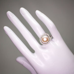 Circle Pearl Ring - Timeless Pearl