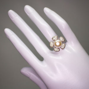 Flower Pearl Ring - Timeless Pearl