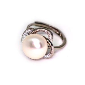 Lucky Flower Pearl Ring - Timeless Pearl
