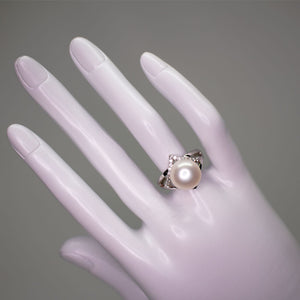 Rhombus Pearl Ring - Timeless Pearl