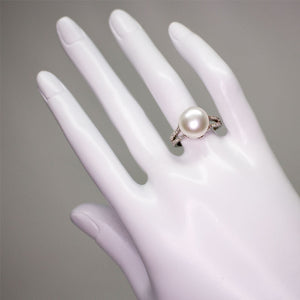 Simple Pearl Ring - Timeless Pearl