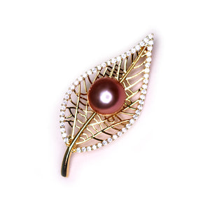 Golden Leaf Edison Pearl Brooch - Timeless Pearl