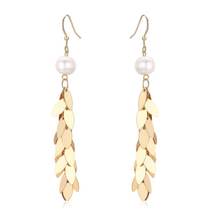 Gold Leaves Pearl Earrings - Timeless Pearl